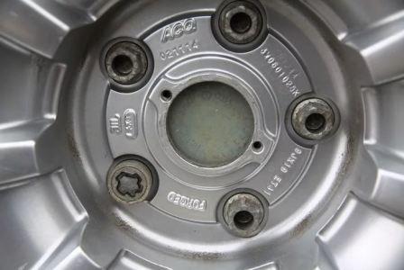 Как узнать размер колесного диска, фото