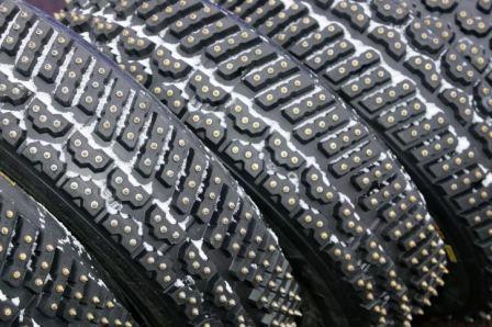 Какие выбрать зимние шины с шипами, фото