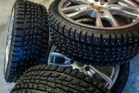 Сколько в среднем шипов в зимней шине