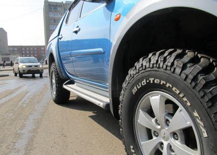 Грязевые шины на УАЗ Буханку