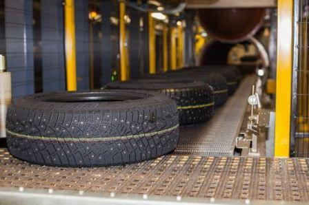 Какие шины ставят на заводе на автомобиль