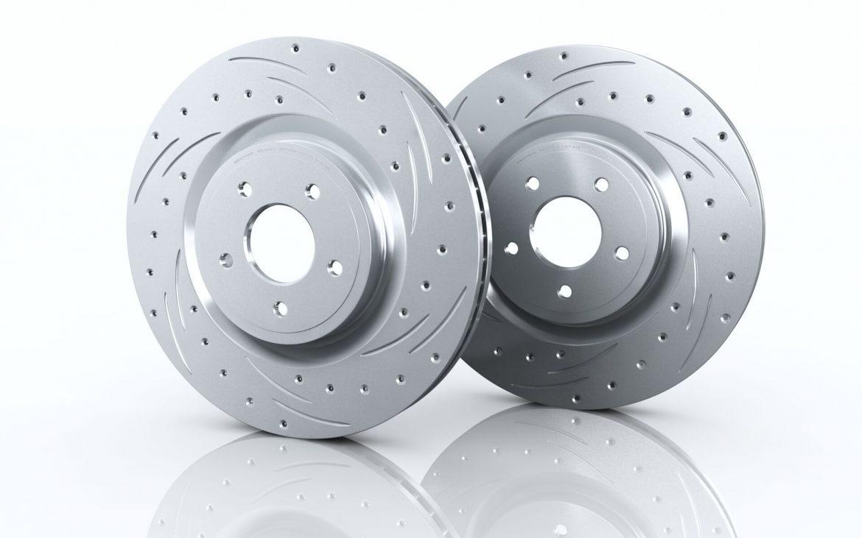 Замена тормозных дисков с колодками