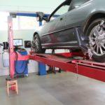 Как выполнить регулировку развала колес